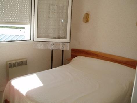 4-chambre-mauro-argelesgazost-HautesPyrenees.jpg