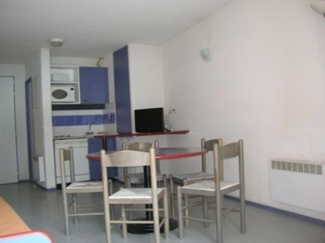 5-VLG162---Appartement-Mr-Decroix---sejour2.jpg