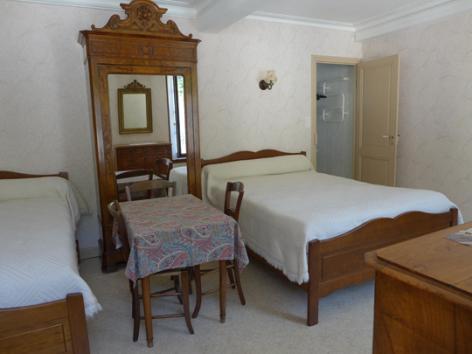 4-chambre4-lassallecazaux-bareges-HautesPyrenees.jpg