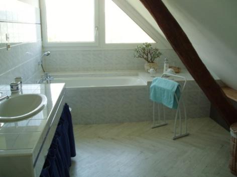 12-salledebain-prevost-saintpastous-HautesPyrenees.jpg.jpg