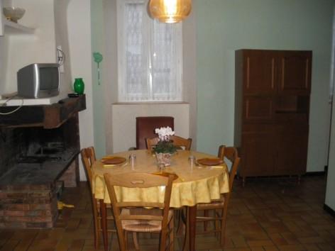 0-gite-esbareich-salle-a-manger.jpg