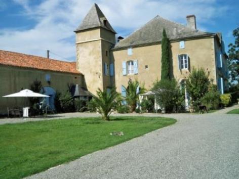 0-Chateau-de-Sombrun.jpg