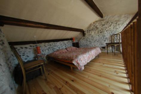 2-chambre-gite-emery.jpg