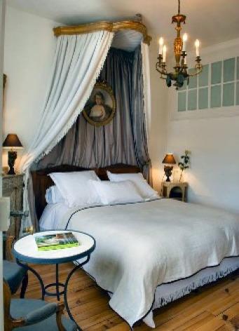 2-villa-rose-bagneres-chambre-fees.jpg