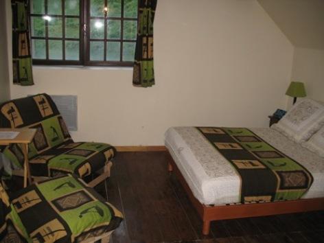 6-refuge-de-l-isard-chambre.jpg