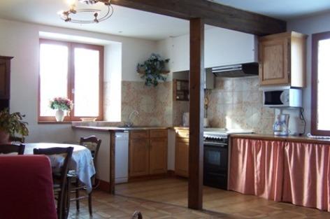 6-cuisine-laqueyrie-artalenssouin-HautesPyrenees.jpg