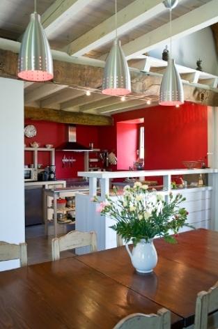 6-cuisine-mahe-artalenssouin-HautesPyrenees.jpg