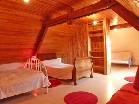 2-La-Pyreneenne-Chambre.jpg