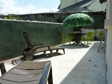 6-terrasse-simmons-ayrosarbouix-HautesPyrenees.jpg