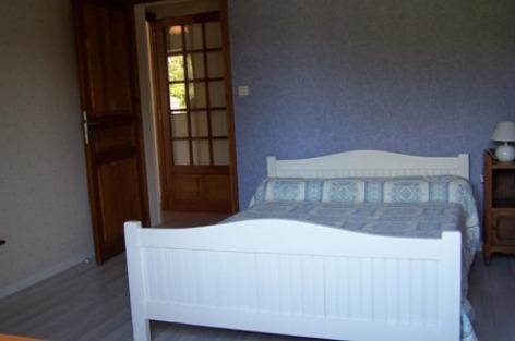 7-chambre2-pere-ayzacost-HautesPyrenees.jpg.jpg