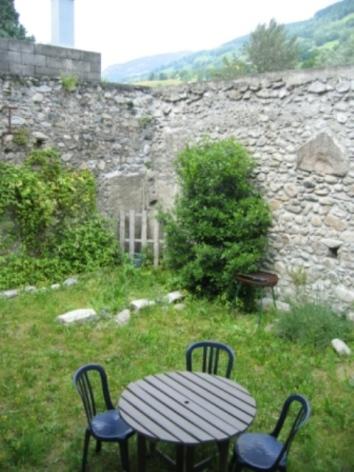 2-jardin-cour.jpg