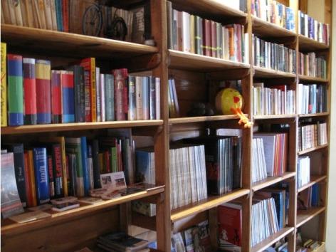 8-HPCH41---La-Ferme-de-Soulan--Bibliotheque.jpg