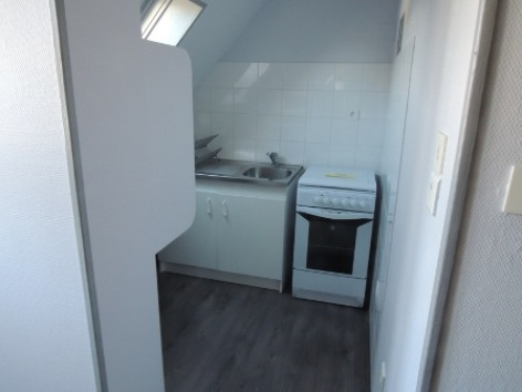 3-kitchenette-W.jpg