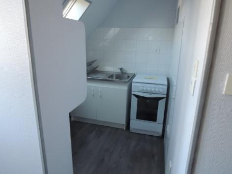 3-kitchenette-W.jpg