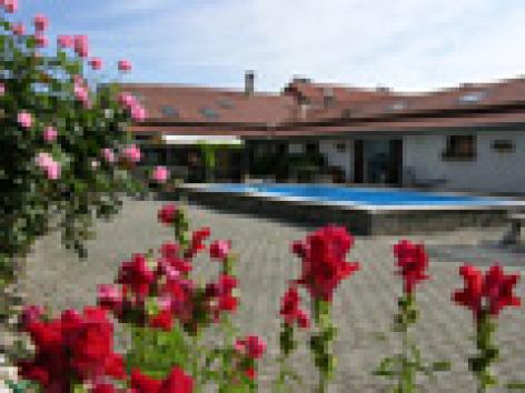 1-vue-piscine-veranda-petit.jpg