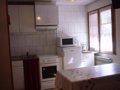 2-cuisine-lassallecazaux-betpouey-HautesPyrenees.jpg