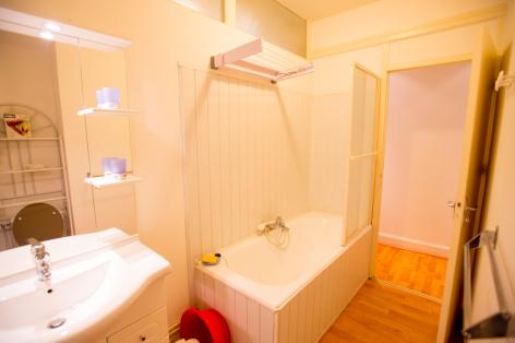 5-Salle-de-bain-appartement-n-12.jpg
