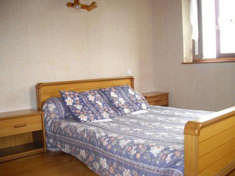 3-chambre1-castagne-grust-HautesPyrenees-3.jpg