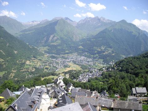 7-vue-castagne-grust-HautesPyrenees.jpg