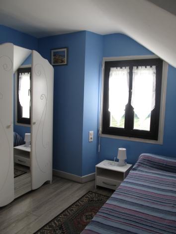 5-chambre3-dumont-esterre-HautesPyrenees.jpg