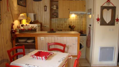 3-cuisine-lelou-bareges-HautesPyrenees.jpg