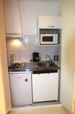 0-VMstudio4-kitchenette-2.JPG