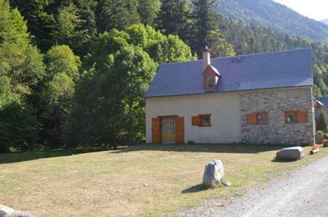 1-Le-chalet-de-Mahe-Prat-2.jpg