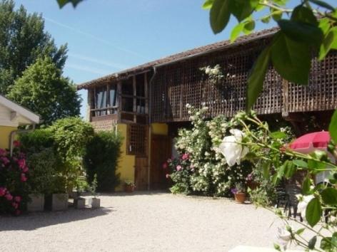 12-Chambre-d-hotes-location-de-vacances-hautes-pyrenees-HLOMIP065V5006GQ-g.jpg