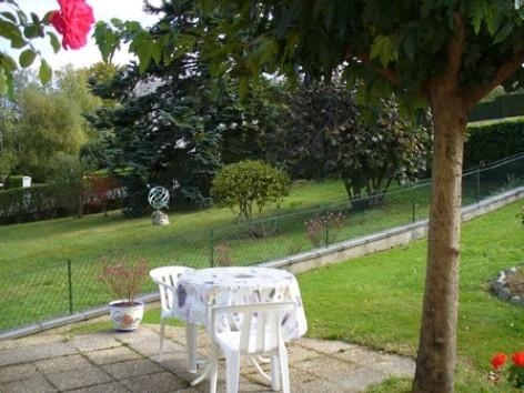 5-GRANADO-Jose-app-2p-dans-villa-terrasse-2014.JPG