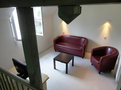 3-Village-Val-Neige---DARDOT-Pichaley-fauteuils.JPG
