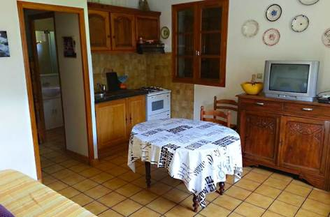 5-Chalet-Fontaine-coin-repas-Christine-Mothes.jpg