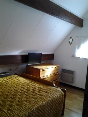 6-VAL-Chambre-cote-fenetre-1.SIT.jpg
