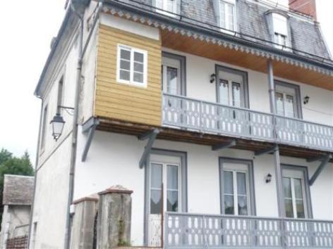 1-facade-martine-argelesgazost-HautesPyrenees.jpg