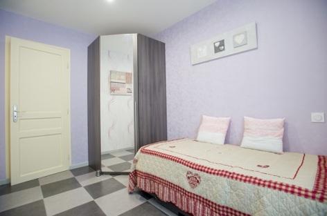 2-Chambre--appartement-Romantique.jpg