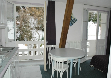 0-Location-studio-hautes-pyrenees-HLOMIP065V5008ZG-g.jpg