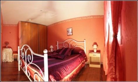 3-Chambre-du-Gite-Fontan.jpg