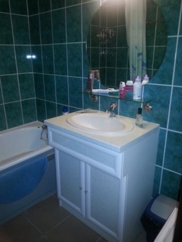 9-MDG-II-1-salle-de-bain-verte.jpg