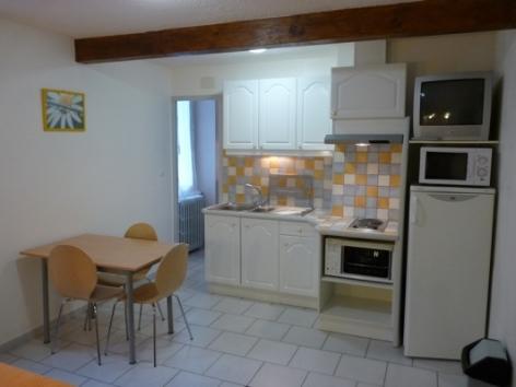 1-Location-studio-hautes-pyrenees-HLOMIP065V50099M-g.jpg