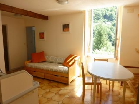 1-Location-studio-hautes-pyrenees-HLOMIP065V50099Q-g1.jpg