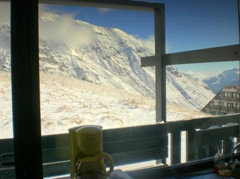 2-vue-de-linterieur-du-studio-p0jkx-1-.jpg