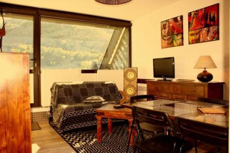 0-salon2-1-.jpg