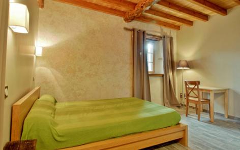 10-chambre-cazaux-arrensmarsous-HautesPyrenees.jpg