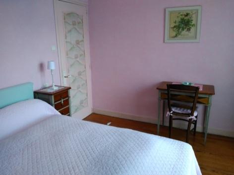 2-DARBIEU-chambre-rose-6.jpg