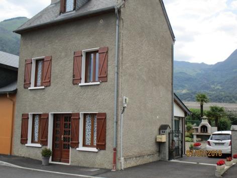 0-vergez-facade-pierrefitte-HautesPyrenees.JPG