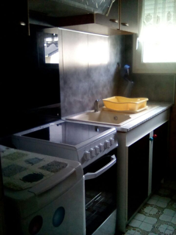 6-cuisine1-dupuy-pierrefittenestalas-HautesPyrenees.jpg