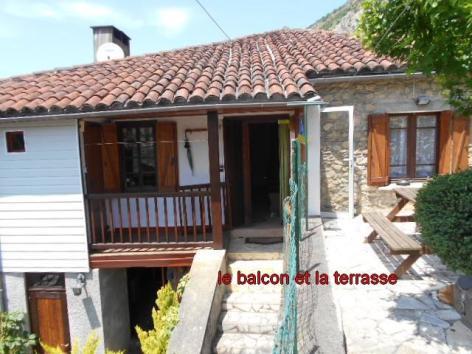 8-4-le-balcon-et-la-terrasse.jpg