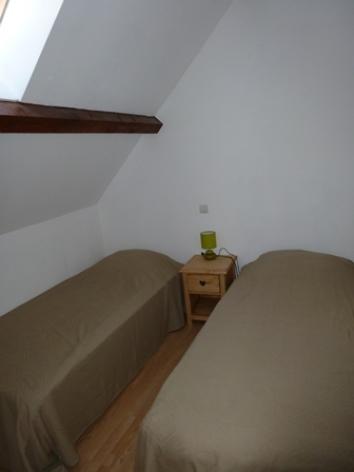2-CALARD--Argeles-HautesPyrenees-chambre-2.jpg