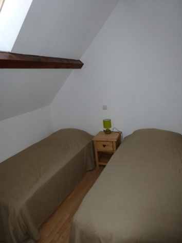 5-CALARD--Argeles-HautesPyrenees-chambre-2.jpg