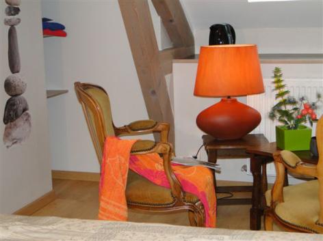 1-HPCH83---Les-jardins-d-hibarette---Chambre-Adour2.JPG