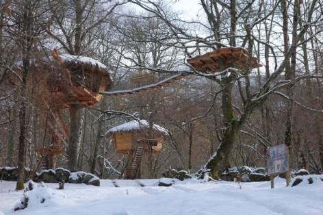 0-HPCH101---Cabanes-de-PYRENE-en-hiver--2-.jpg